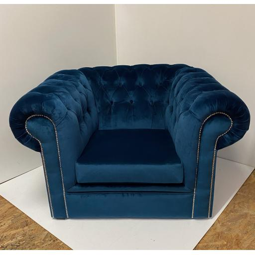 Chesterfield Armchair in Soft velvet
